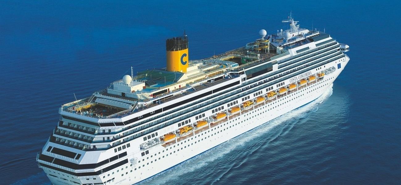 Concordia,  le dernier voyage Costa-concordia-navigazione-foto-napoli-1299x600