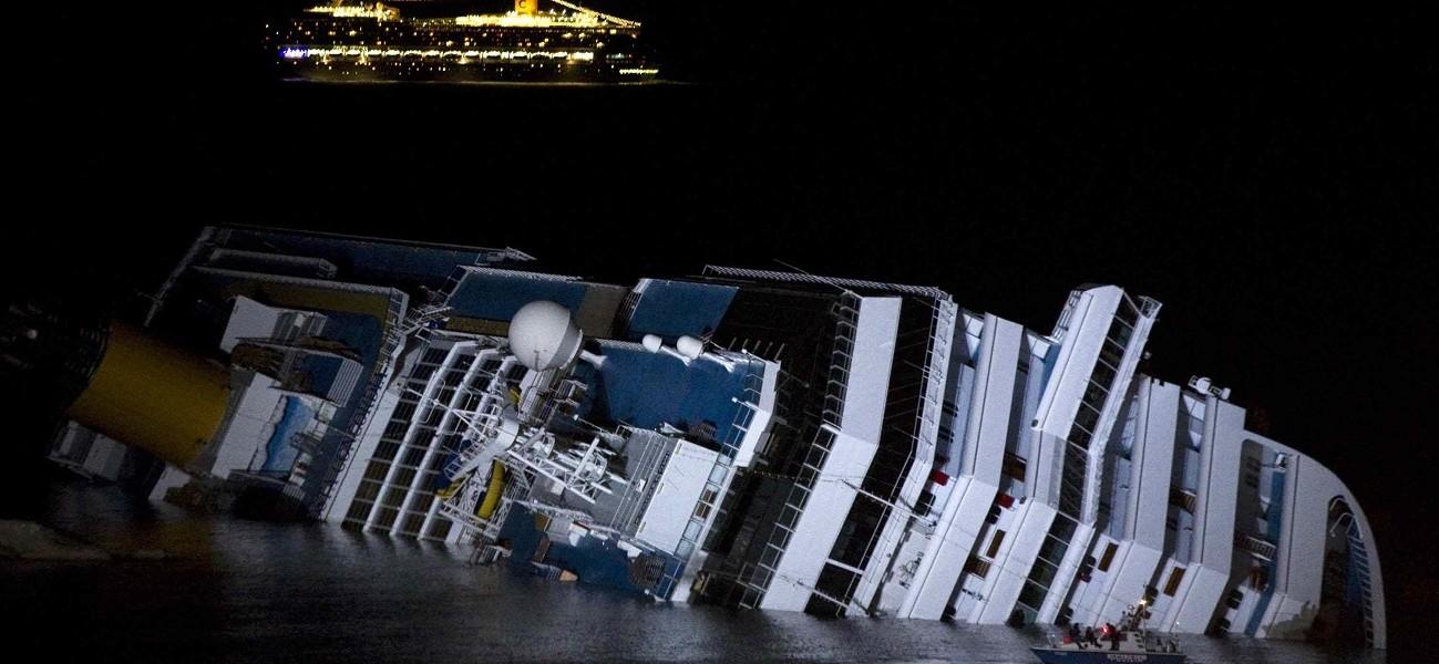 Concordia,  le dernier voyage Costa-Concordia-Costa-Serena-Giglio--1299x600