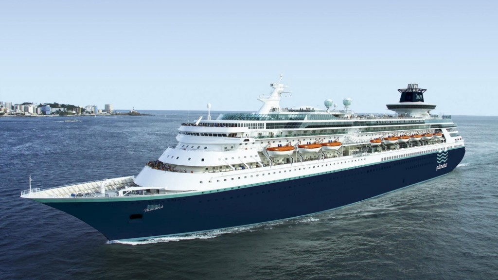 Barco Monarch Pullmantur