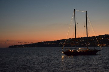 napoli porto yacht