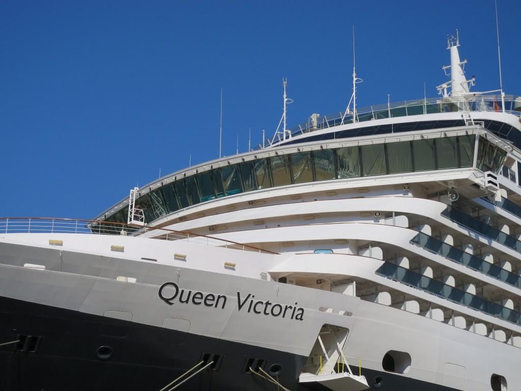 queen victoria cunard reportage