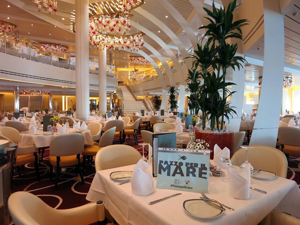 dining rooma koningsdam cruise ship