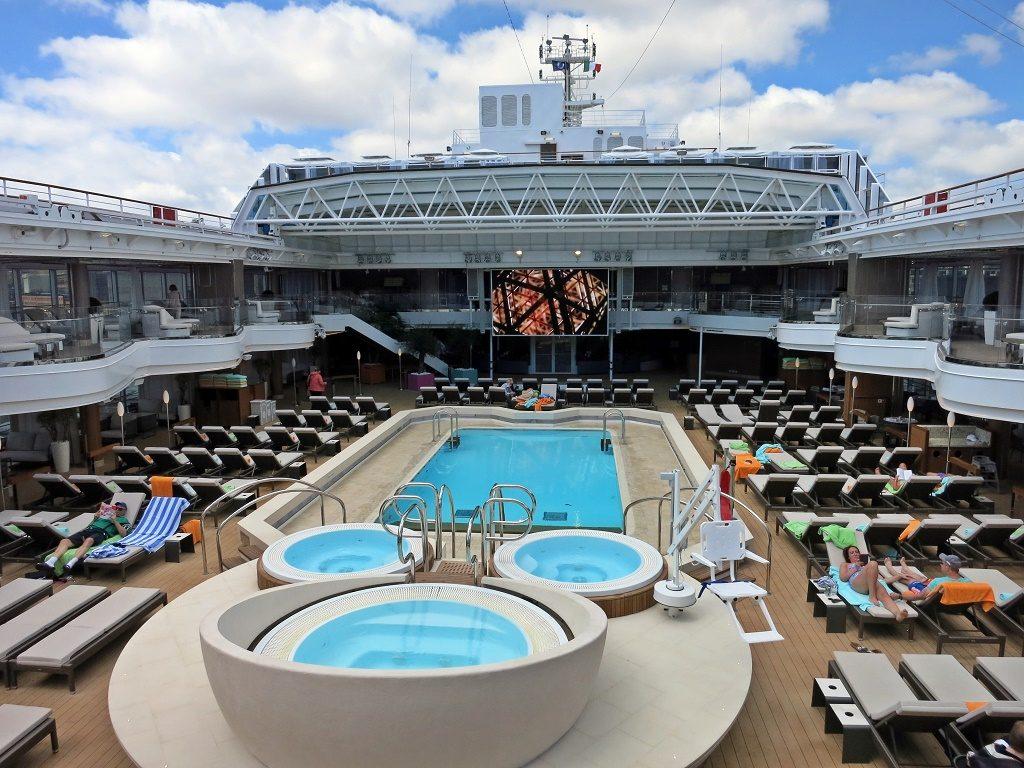 lido pool koningsdam cruise ship