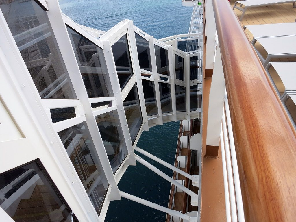 scala esterna koningsdam cruise ship lido pool
