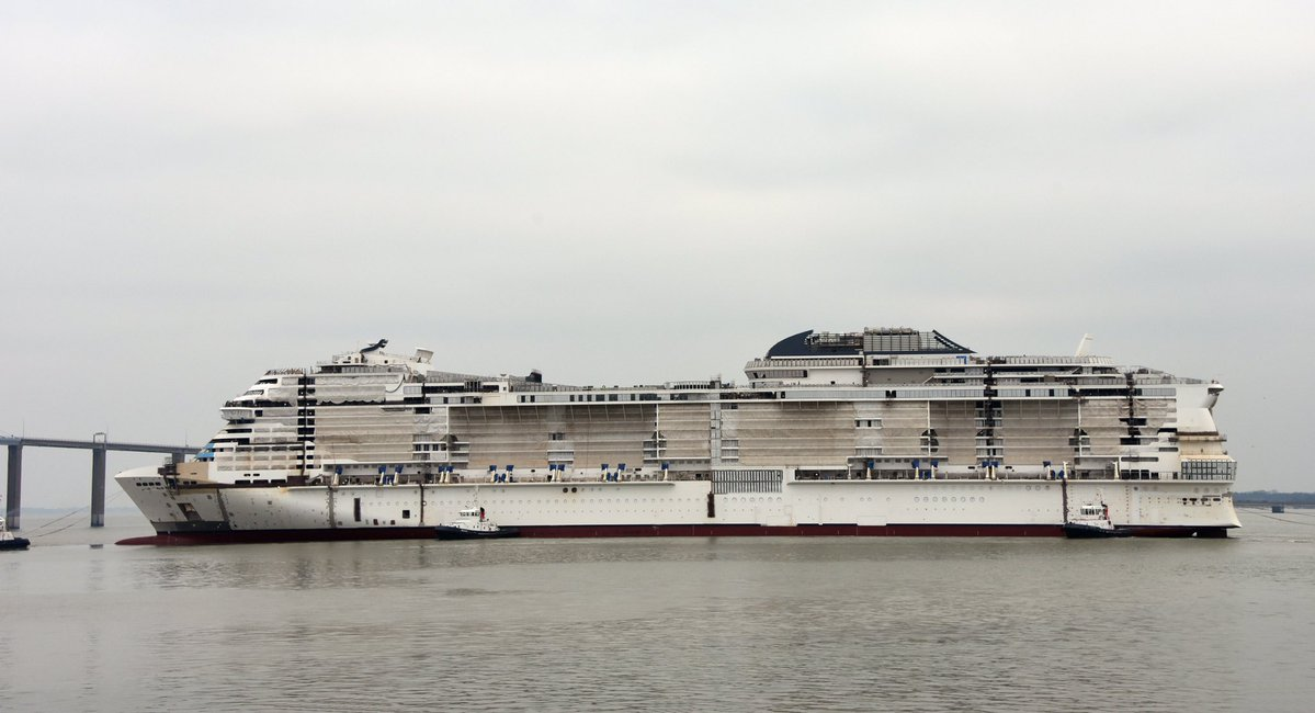 MSC Grandiosa float out | Pazzo per il Mare cruise magazine